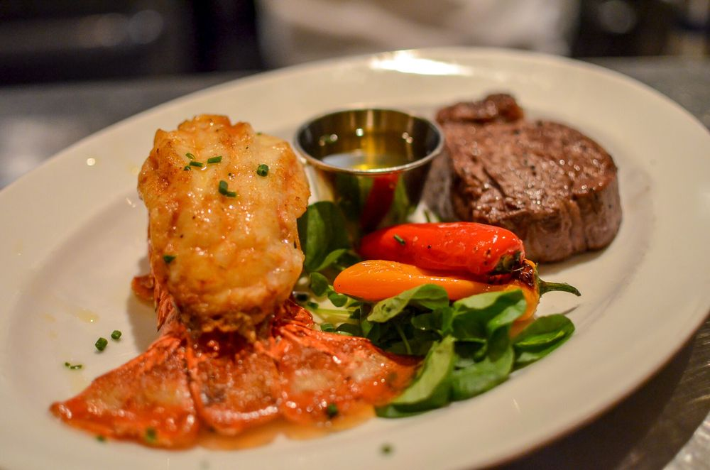 Social Spots from Arroyo Chop House