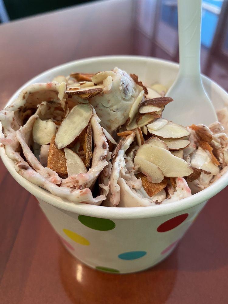 Roll It Ice Cream: 14995 Gulf Blvd, Madeira Beach, FL