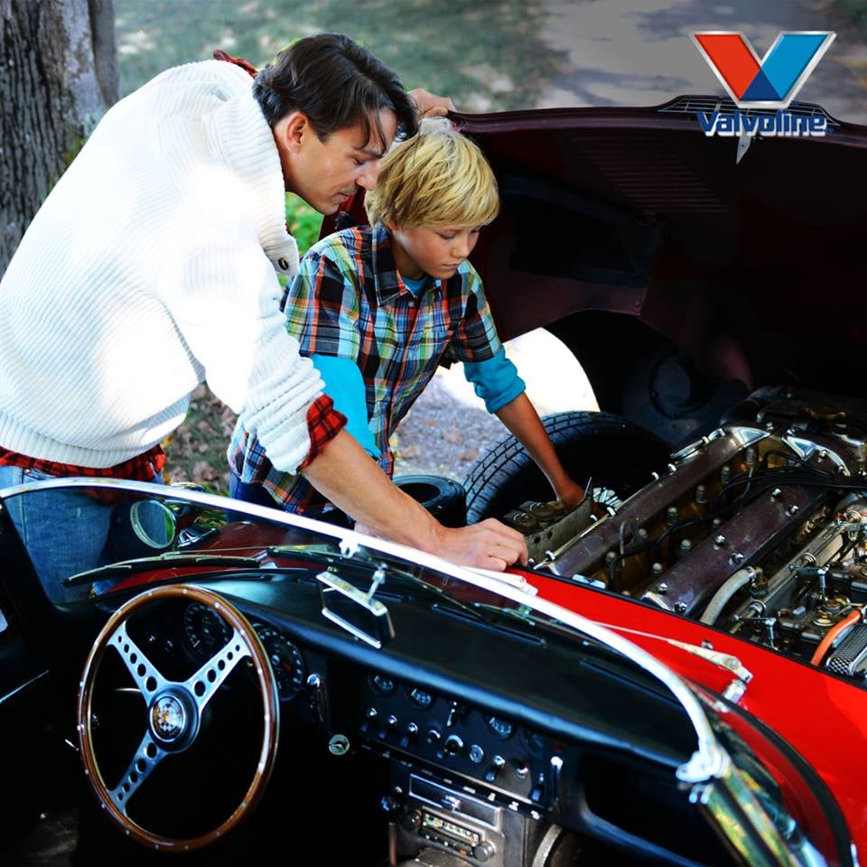 Valvoline Instant Oil Change: 1500 3rd St NW, Great Falls, MT