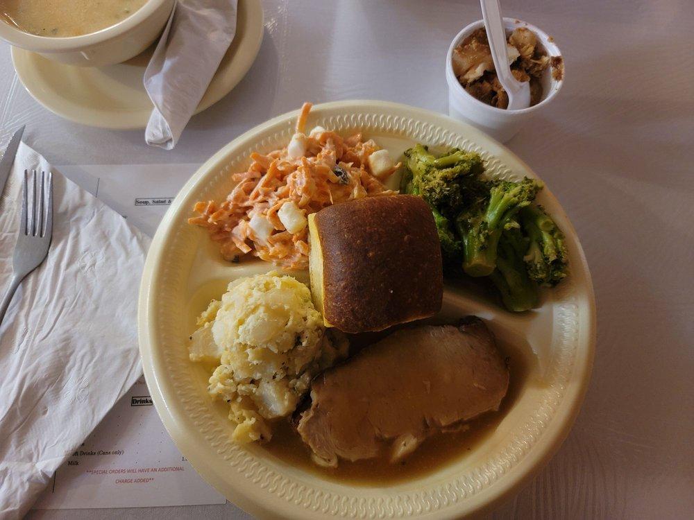 Polak's Sawsage Farm Restaurant: 2835 S Hwy 181, Karnes City, TX