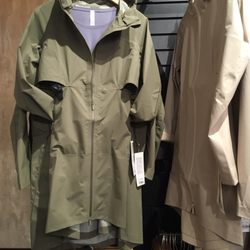 8555471480 Photo of Lululemon Athletica - New York, NY, United States. Cloud Crush  Jacket