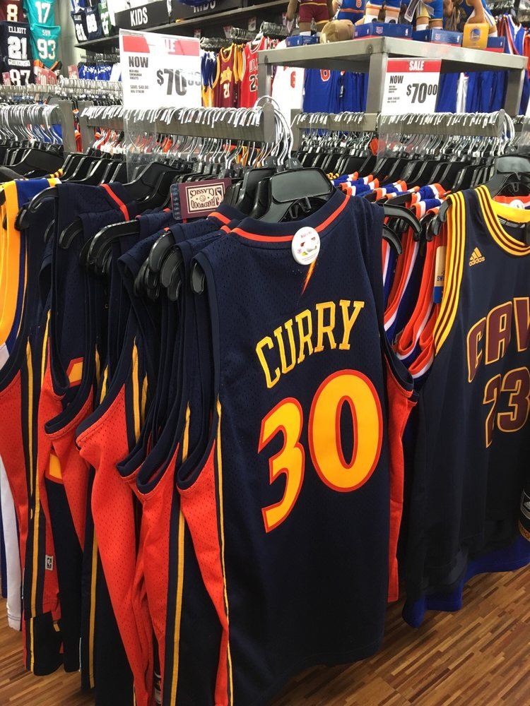 Modell's Sporting Goods: 233 W 42nd St, New York, NY