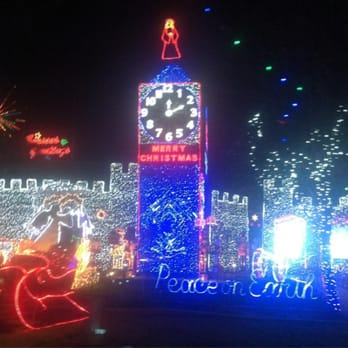 Christmas Tree Lane Fresno.Christmas Tree Lane 217 Photos 56 Reviews Local Flavor