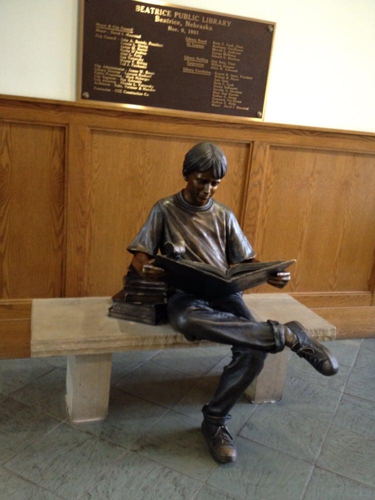 Beatrice Public Library: 100 N 16th St, Beatrice, NE
