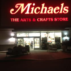 Michaels arts crafts 2040 sw wanamaker rd topeka for Michaels crafts phone number