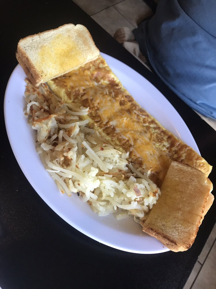 West Side Cafe: 1119 Historic 66 W, Waynesville, MO