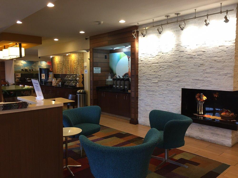 Fairfield Inn & Suites by Marriott Peru: 4385 Venture Dr, Peru, IL