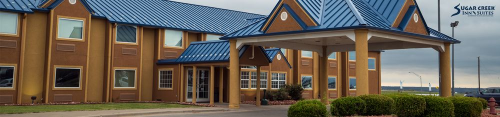 Sugar Creek Inn and Suites: 5716 N Broadway, Hinton, OK
