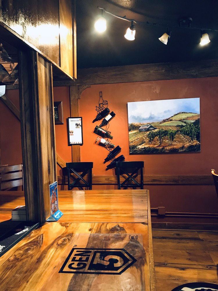 Cave Valley Winery: 585 Park Mammoth Rd, Park City, KY