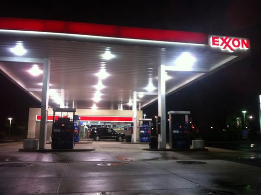 Parkway Crossing Exxon Tiger Mart and Carwash - 3384 Fort ...
