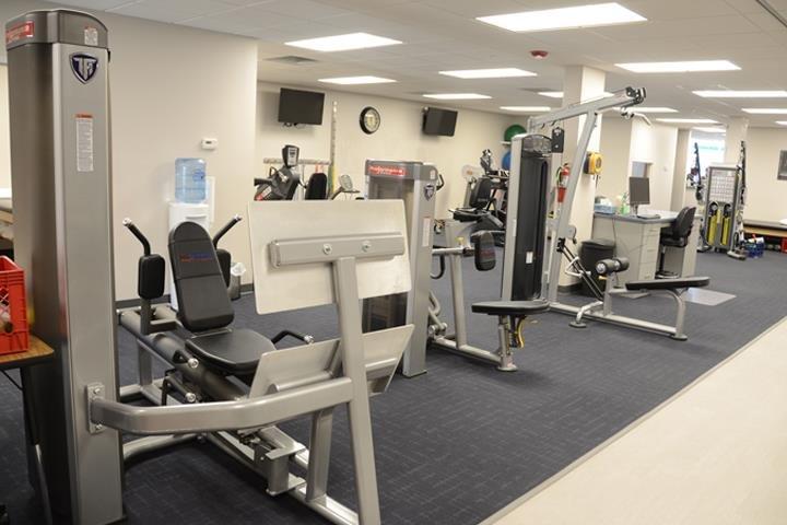 Advanced Rehab & Sports Medicine Services: 61 E Side Square, Canton, IL