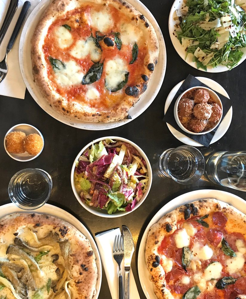 Social Spots from Pizzeria Locale