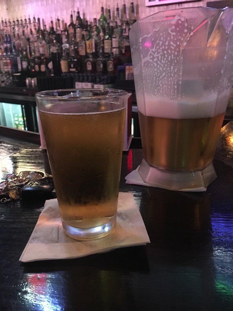 Benchwarmers Sports Bar: 8945 N Sh 6, Langham Creek, TX