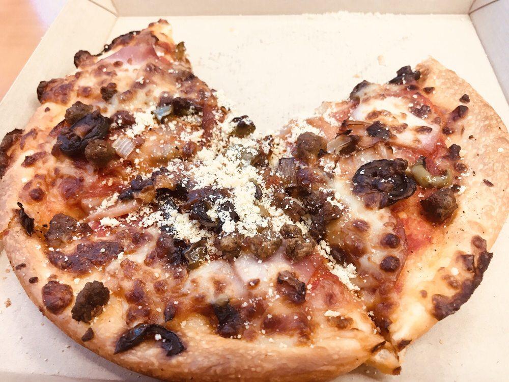 Pizza Inn: 1031 Kingold Blvd, Snow Hill, NC