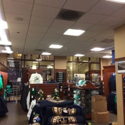 Notre Dame Bookstore - CLOSED - Bookstores - 224 S Michigan Ave ...