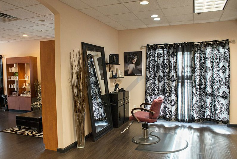 Everything Essential Salon And Spa: 18 Orchard View Dr, Londonderry, NH
