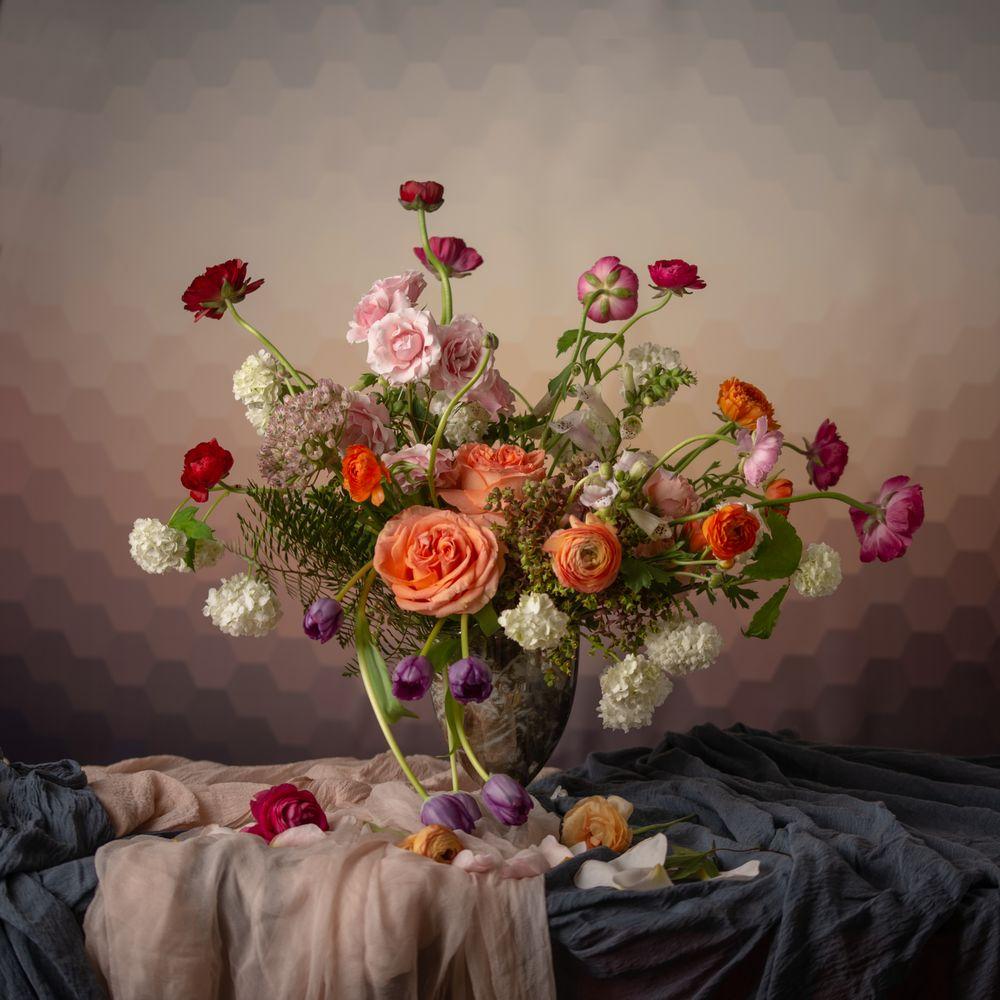 Ultimate Floral Designs: 9912-B Georgetown Pike, Great Falls, VA