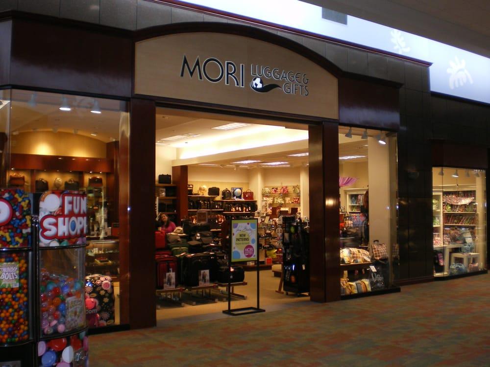 Mori Luggage & Gifts: Asheville Mall, Asheville, NC