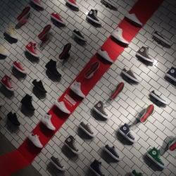 108e5a15bdb1 Converse Flagship Store - 46 Photos   14 Reviews - Shoe Stores - 140 ...