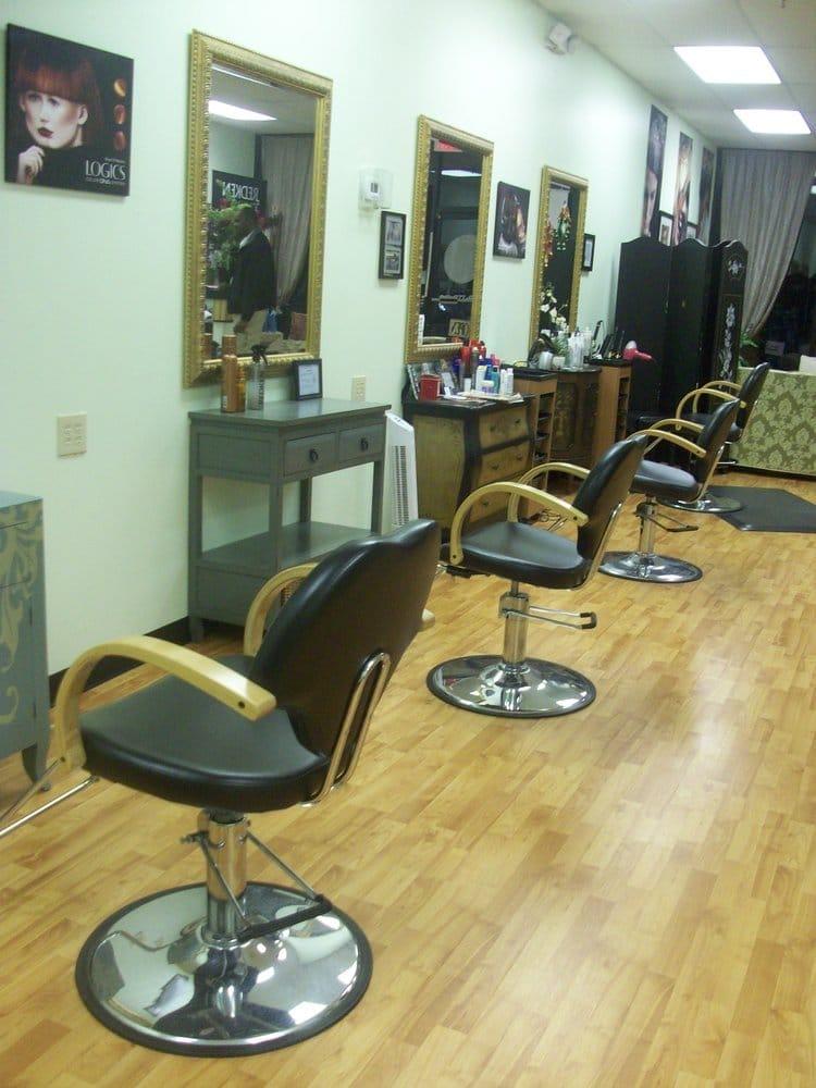 Sharpest edge hair salon hairdressers 521 n main st for Edge hair salon