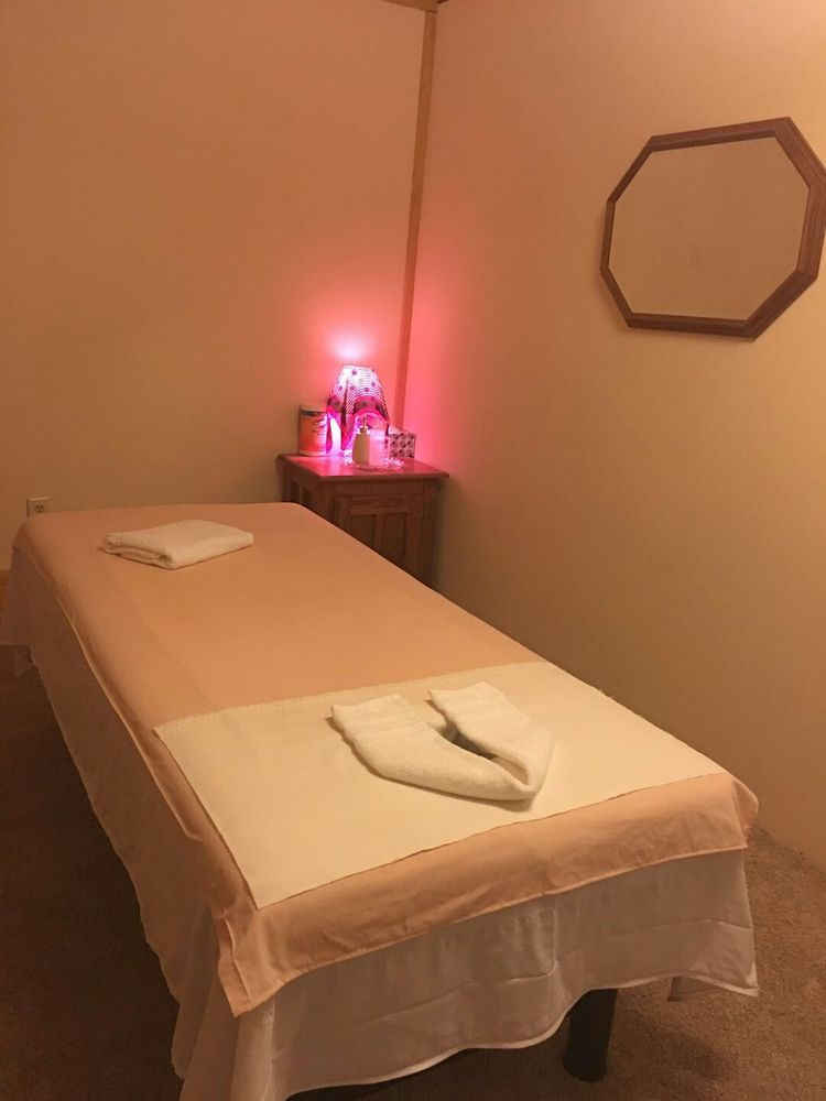 Coral Spa: 1107 W US-54, Andover, KS