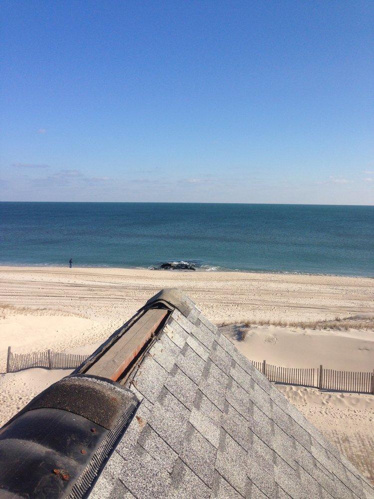 Reese & Sons Roofing & Repair: 66 Sweetmans Ln, Manalapan, NJ