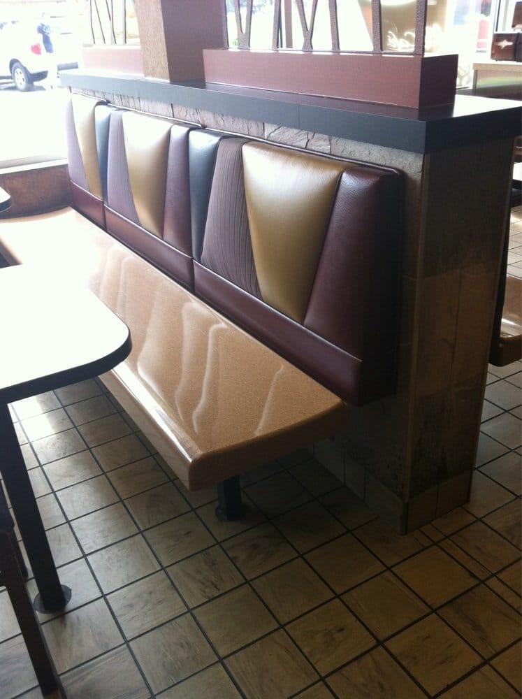 McDonald's: 901 W Mount Vernon, Metamora, IL