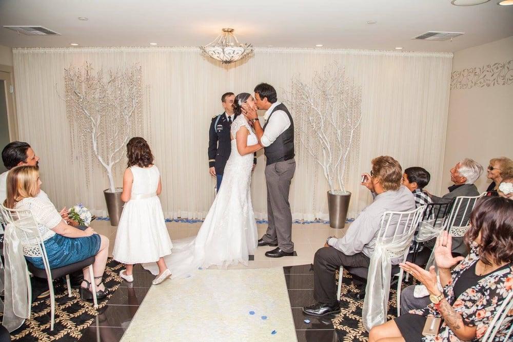 Coronado Beach Classic Weddings