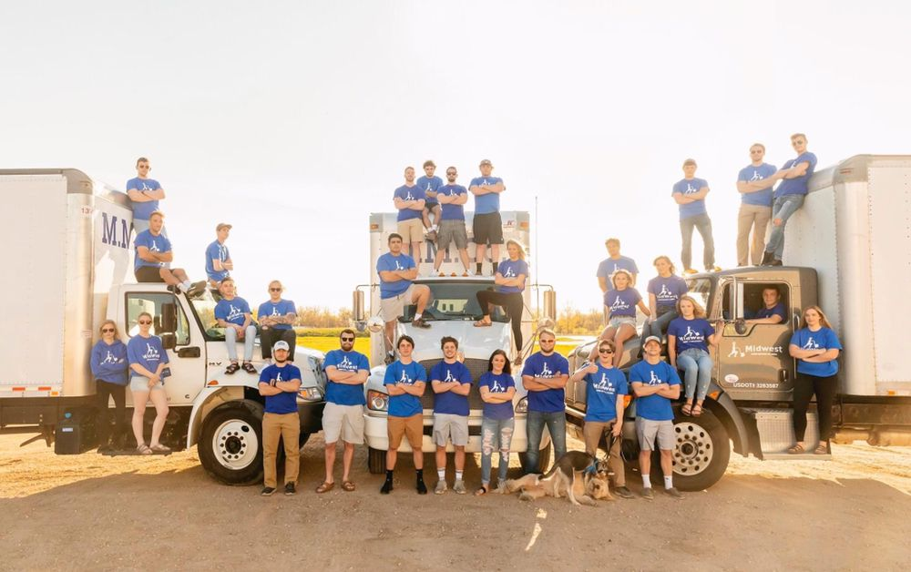 Midwest Moving Company: 430 28th Ct NW, West Fargo, ND