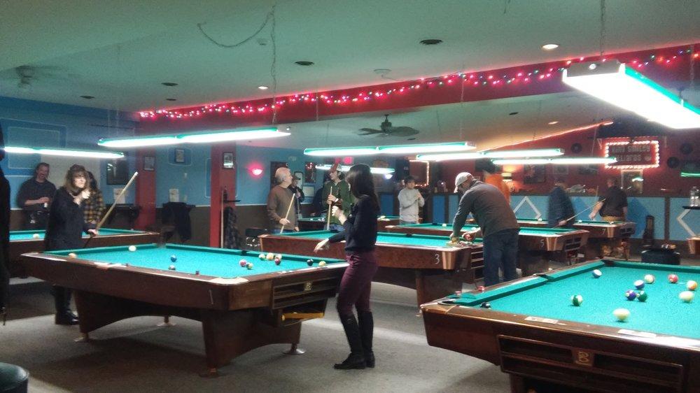 King Smiley Billiards: 49 Broadway, Fort Edward, NY
