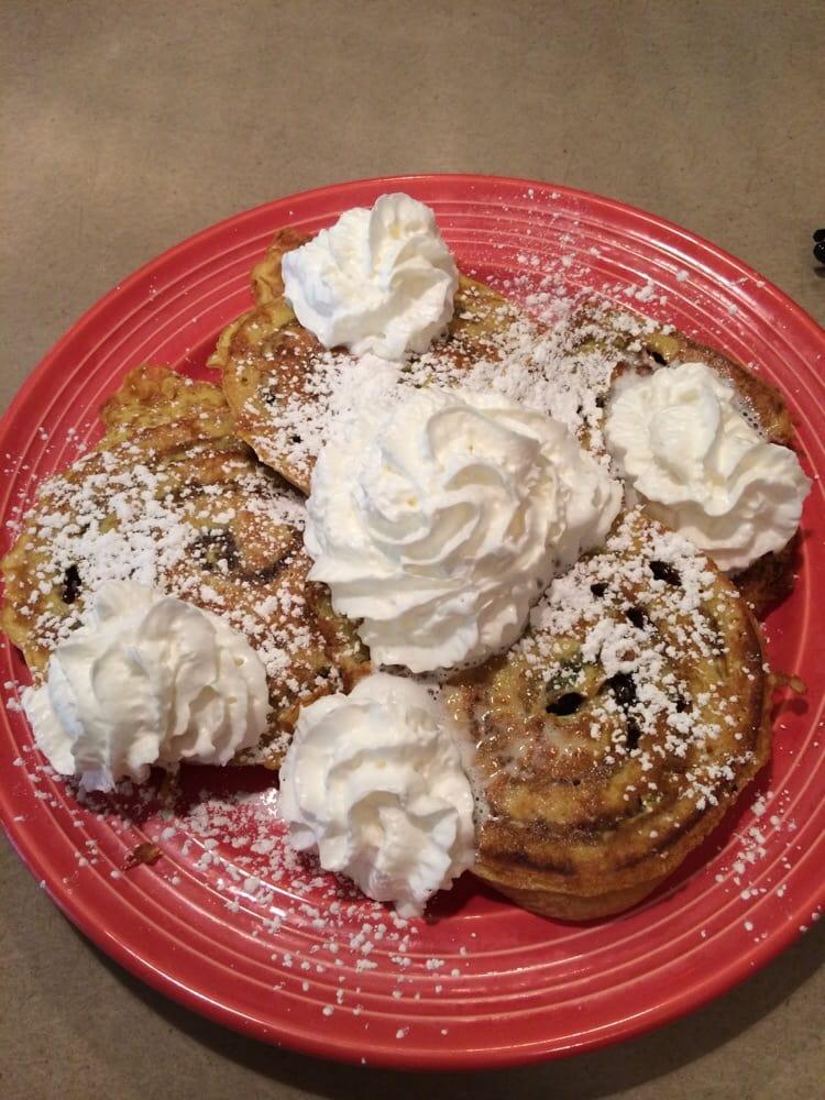Emily's Pancake House: 38730 Sheridan Rd, Beach Park, IL