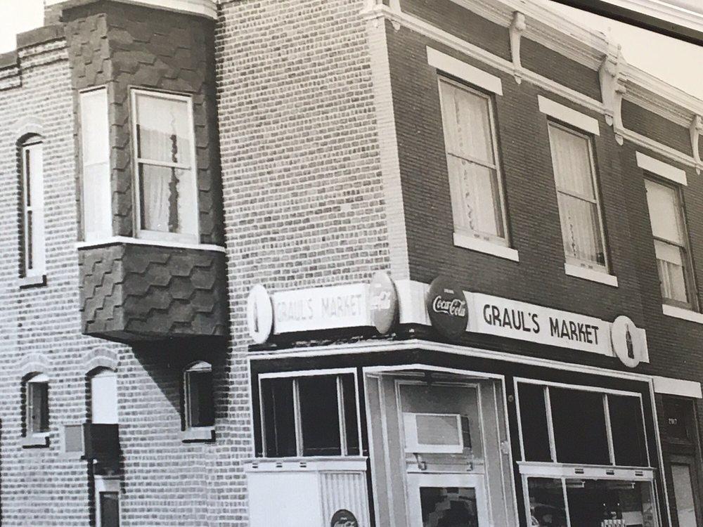 Graul's Market: 1388 Cape St Claire Rd, Annapolis, MD