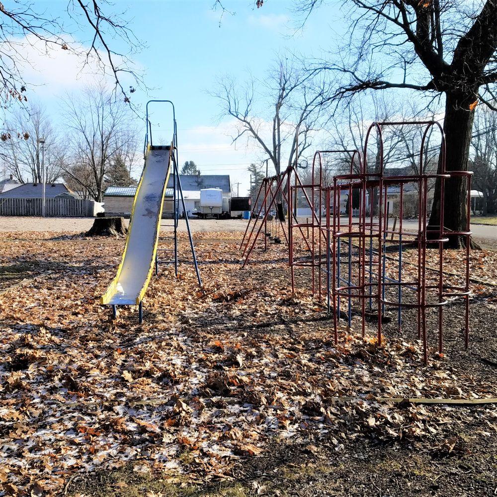 Sheridan Community Park: 300 East 6th St, Sheridan, IN
