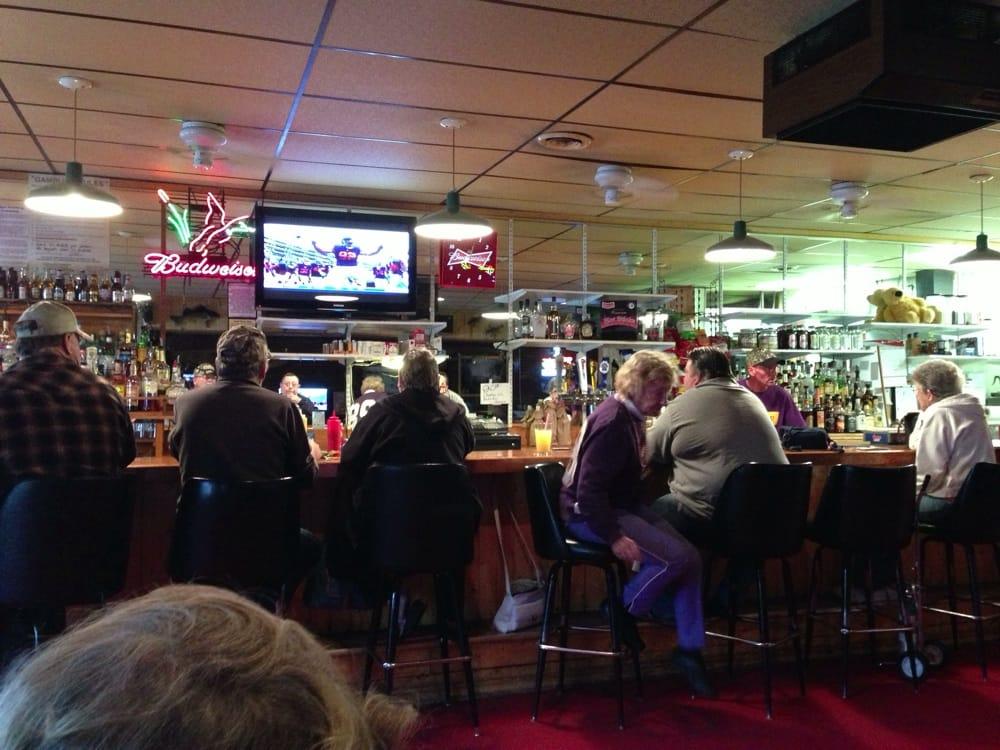 Willard's Saloon & Eatery: 121 Front St N, Backus, MN