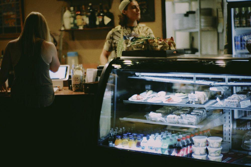 Blackbird Espresso Bar & Bistro: 4025 SW 10th Ave, Topeka, KS