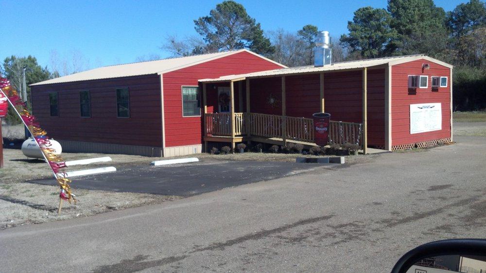 Break of Day Breakfast Shop: 508 Hwy 59 N, Queen City, TX