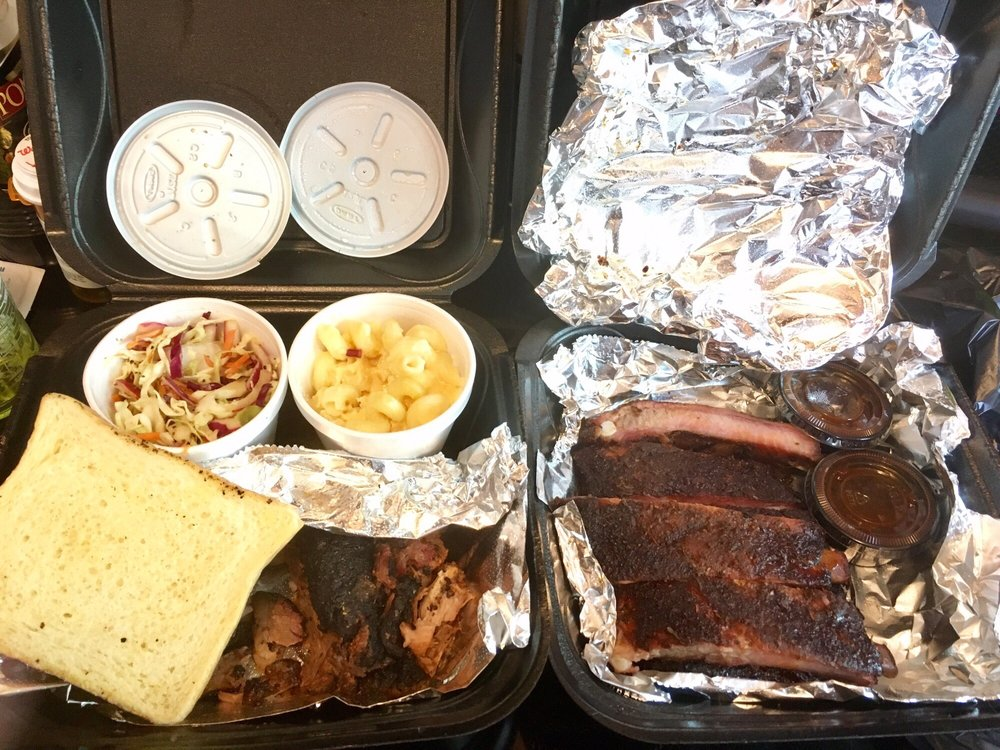 Velvet Smoke BBQ: 10515 New Haven Rd, Harrison, OH