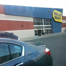 Find the best Best buy, around Everett,MA and get detailed driving directions with road conditions, live traffic updates, and reviews of local business along the way.