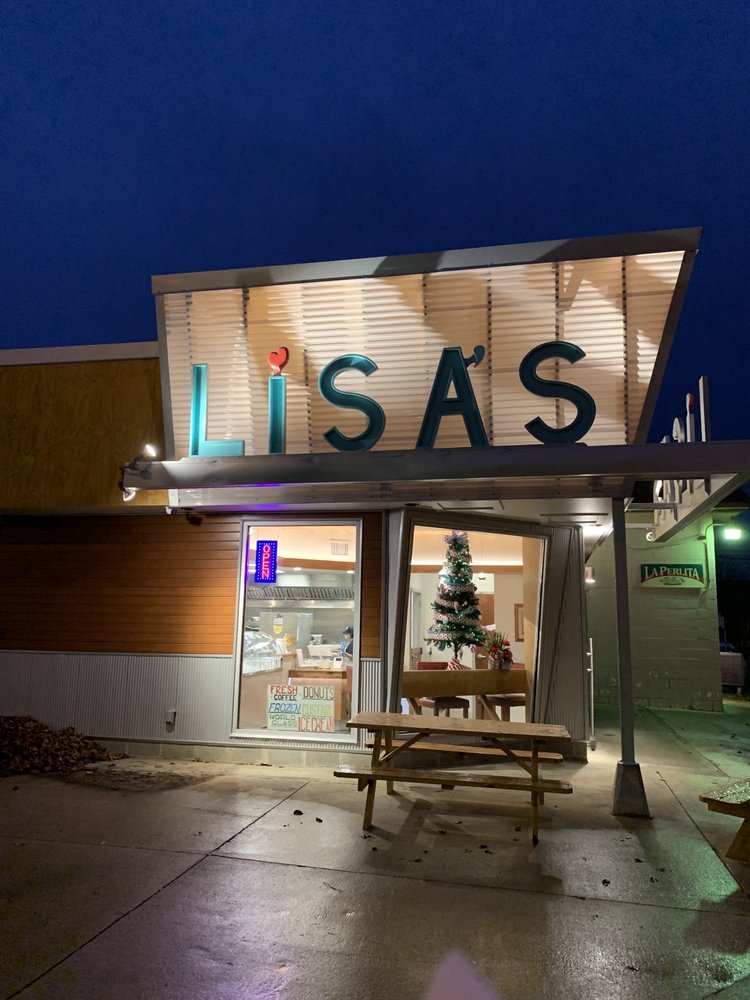 Lisa's Ice Cream and Donuts!: 204 S Myrtle Ave, Willard, OH