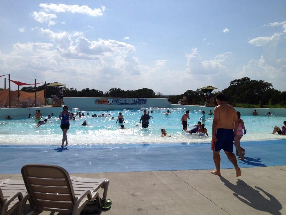 Splash Kingdom Water Park: 1001 Cinema Dr, Weatherford, TX