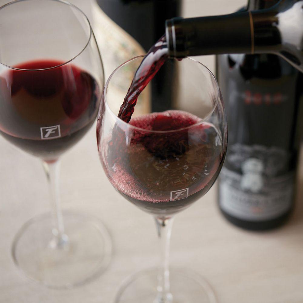 Fleming's Prime Steakhouse & Wine Bar: 150 S Jordan Creek Pkwy, West Des Moines, IA