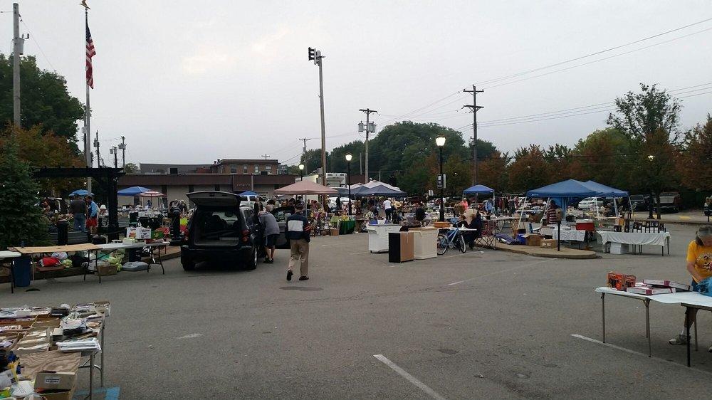Aspinwall Fleamarket: 217 Commercial Ave, Aspinwall, PA