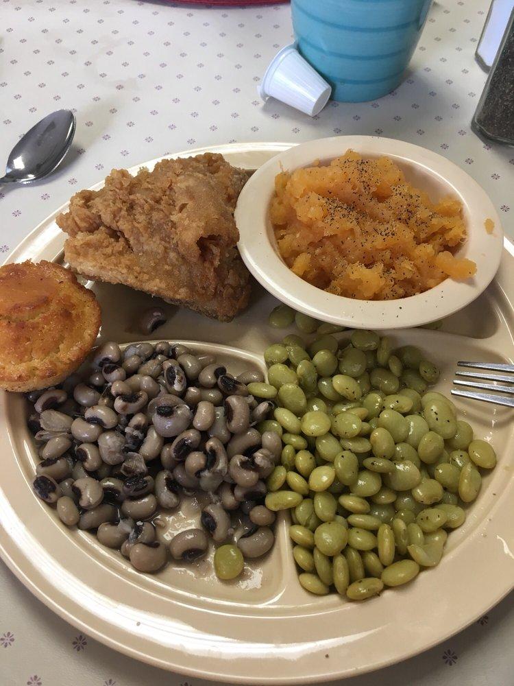 Peggy's Restaurant: 101 N Main St, Wrens, GA