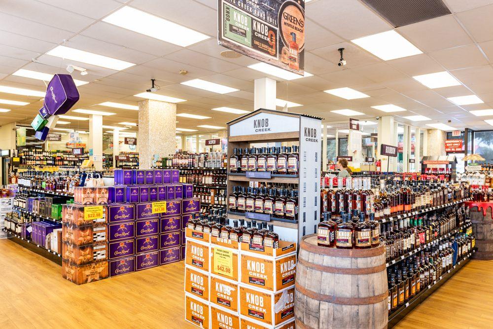 GREEN's Discount Beverages - Myrtle Beach