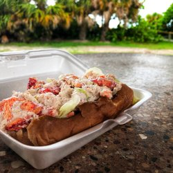 Photo Of Lido Beach Restaurant Sarasota Fl United States Lobster Roll Was