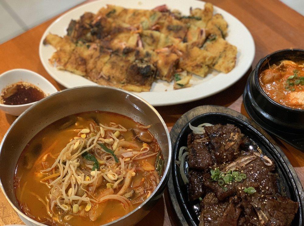 Seoul Soon Dubu Tofu House: 2041 Pacific Ave, Stockton, CA
