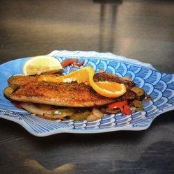Photo Of Baytown Seafood Restaurant Pasadena Tx United States Pescado A
