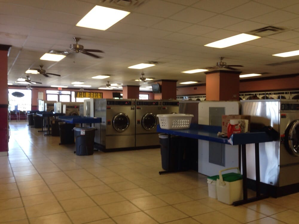 Big Coin Laundry: 5603 Wesley St, Greenville, TX