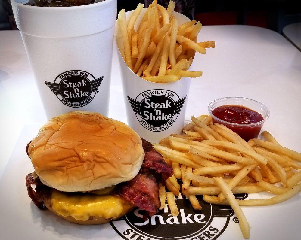 Steak 'n Shake: 101 US Highway 287, Henrietta, TX