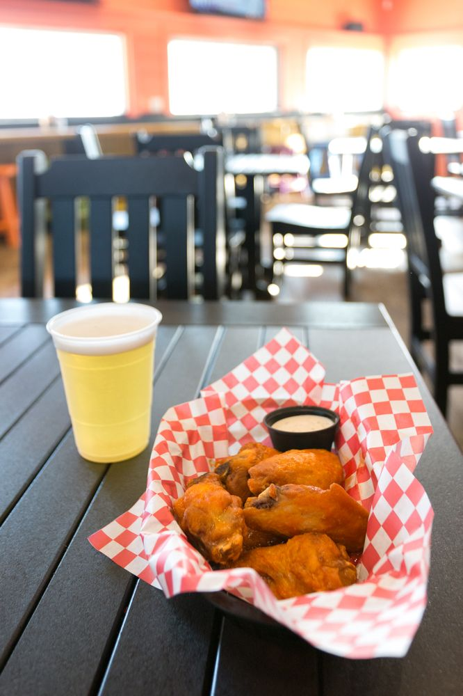 Surf's Up Grill and Bar: 102 Bogue Inlet Dr, Emerald Isle, NC